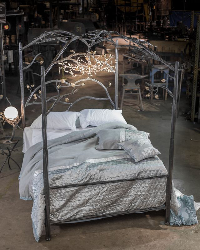 Stone County Ironworks Enchanted Forest Canopy Bed Queen Complete 914 339 Log Vintage Wrought Iron Beds