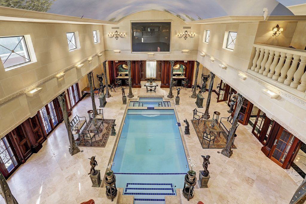 River Oaks Palace Mansion In Houston Texas Regency Style Home Listed At A 15 9 Million Mansions Luxury Homes Luxury Real Estate