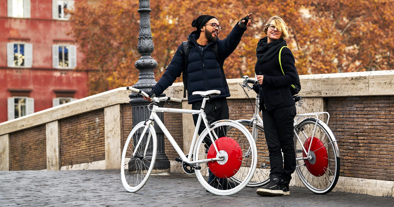 the copenhagen wheel hybrid electric bike hub by superpedestrian [ 2880 x 1518 Pixel ]