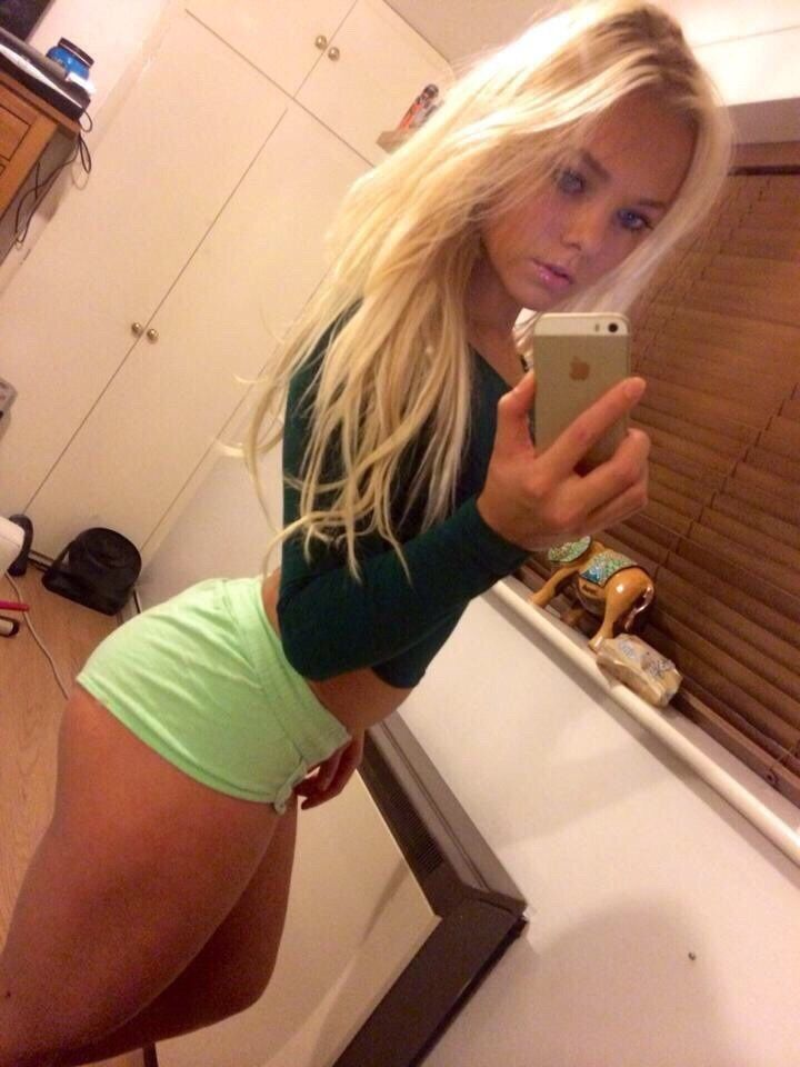 Ass blondes getting