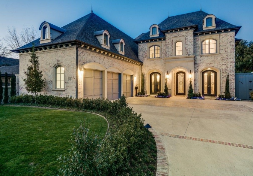 french luxury home in brick and cast stone dallas texas - Luxury Homes Exterior Brick