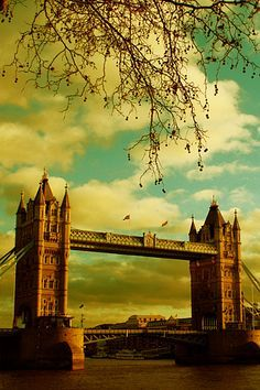 London Bridge Wallpaper Hd Background Download Mobile Iphone 6s