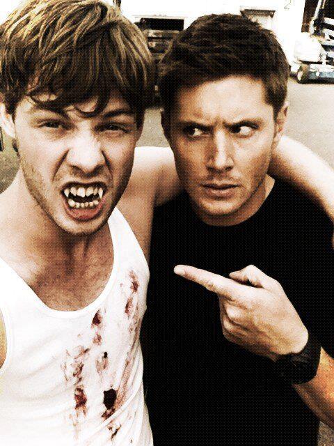 """Between the scenes of """"Bitten"""". Supernatural. Dean Winchester. Jensen Ackles. #Winchesters #SPN"""