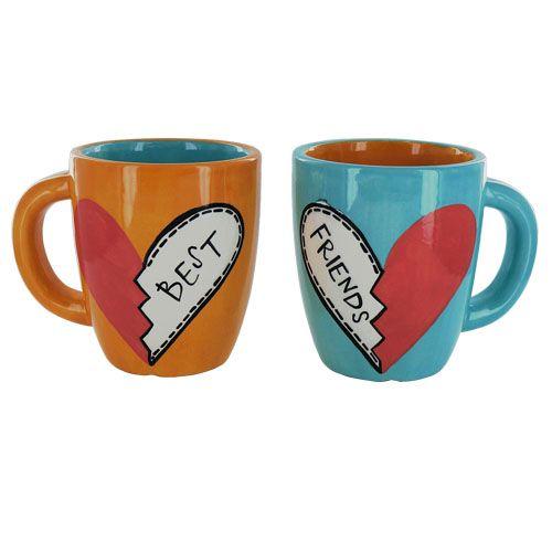 Cute Couple Mugs Painted By Melia Pottery Painting Designs Pottery Mugs Friend Mugs