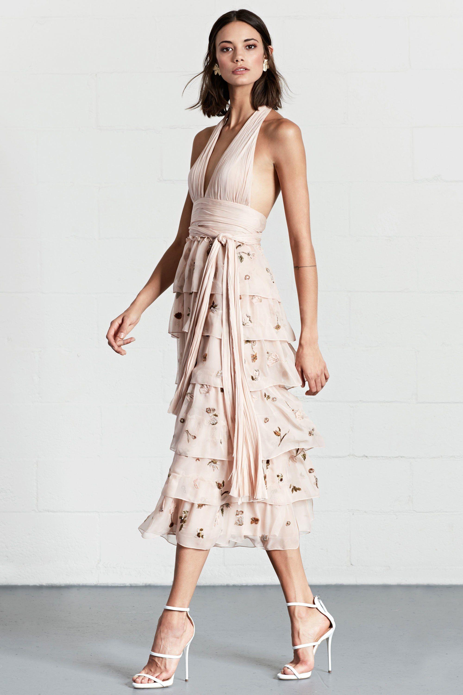Dennis Basso Resort 2018 Fashion Show | Kleider und Stil