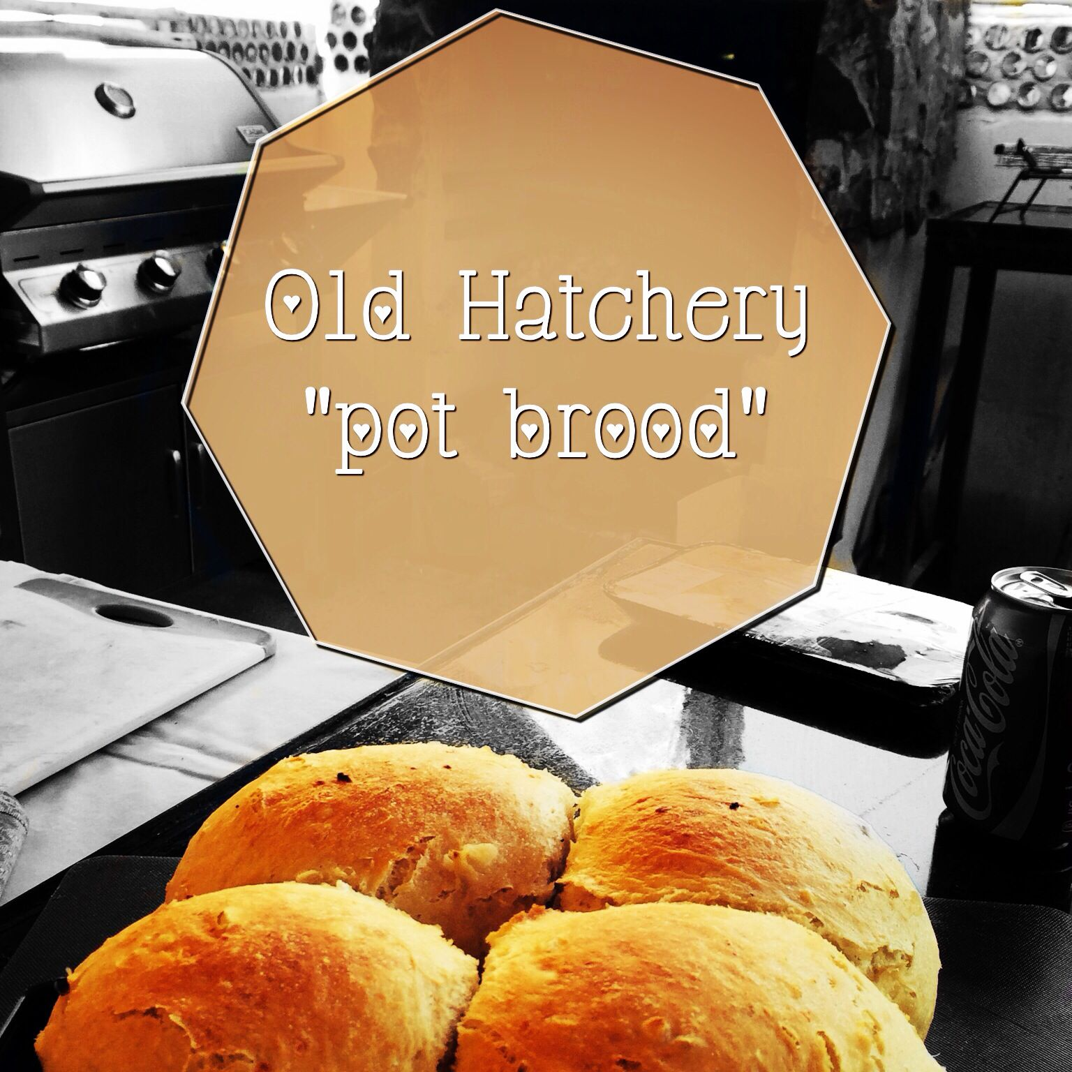 """Our famous """"pot brood""""  This one is a cheese & chilli flavour"""