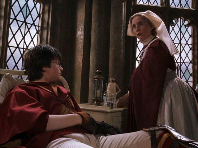 Harry In Hospital With Madam Pomfrey Harry Potter Witch Harry Potter Costume Harry Potter Cosplay