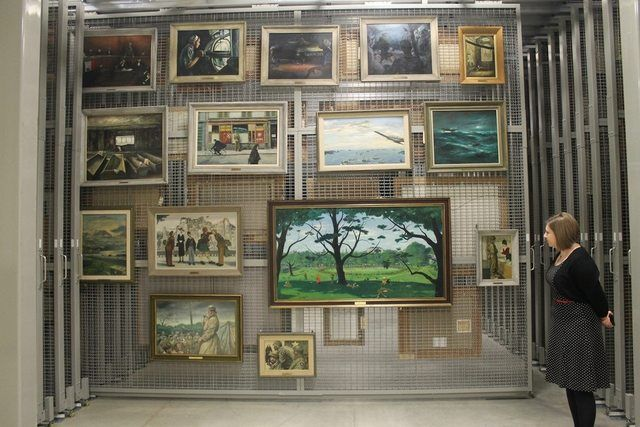 The massive collection consists of donated and commissioned pieces. Much of the art was painted by soldiers who experienced the war.