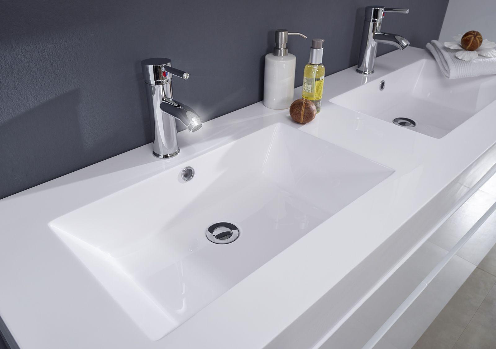 Badezimmermöbel nussbaum ~ Doppelwaschtisch fürs badezimmer für harmonie in der partnerschaft