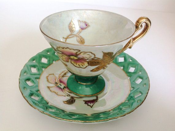 Vintage hand painted tea cup Made in Japan. by JoyJoeTreasures.