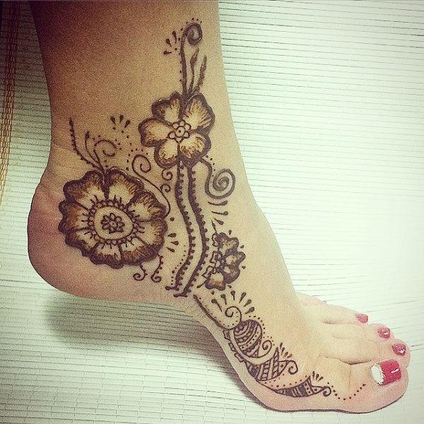 Mehndi Design For Right Leg : Outstanding leg mehndi designs hennas