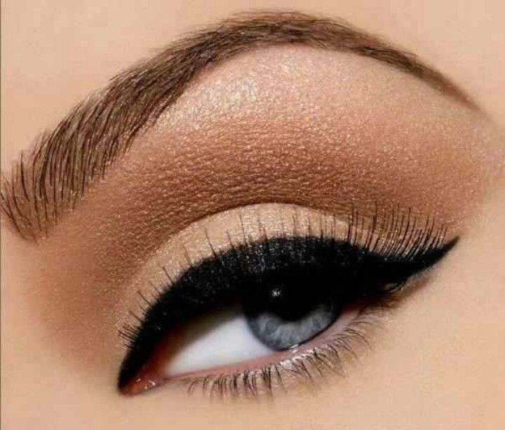 Perfect winged eye
