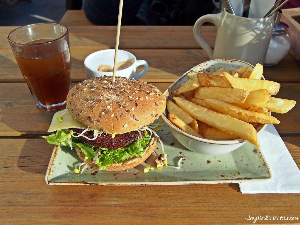 Burger In Stuttgart hans im glück wurzelsepp burger read more here http