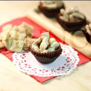 أسرع حلى يجهز بثلث ساعة وهو حلى الكورن فليكس ودك بوصفات أكثر حملي تطبيق طبخي للايفون Https Itunes Apple Com App Apple Store Id1049758 Food Desserts Recipes