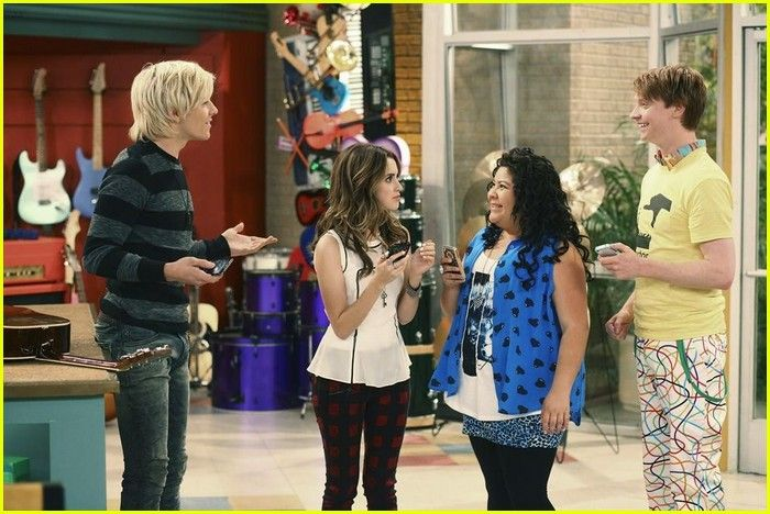 Dez Does Not Want Austin To Cut His Hair In New 'Austin & Ally'