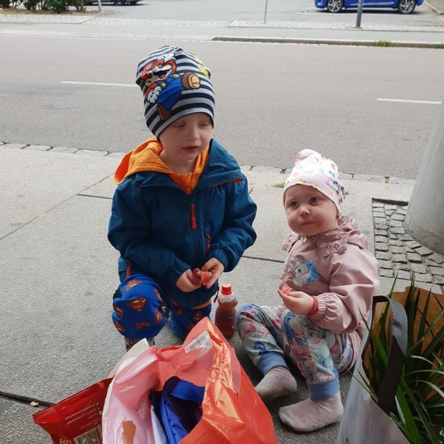 People shared On Social media: Med mamma på tur ❤ #mykids #trip #love #photooftheday #life #lovelyday #smile #happy #siblings … (With images) | Daily video, Photo, Best