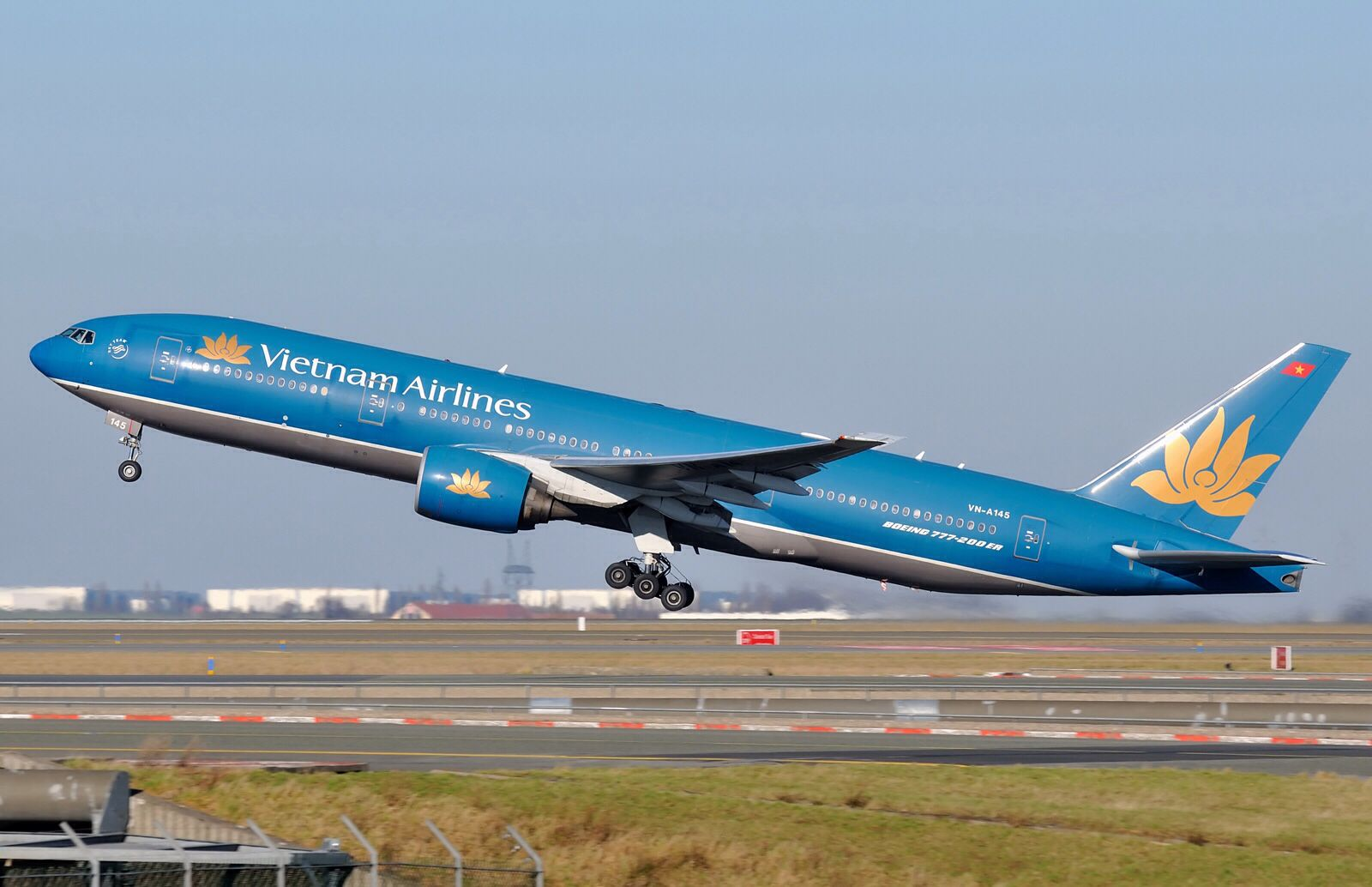Vietnam Airlines I