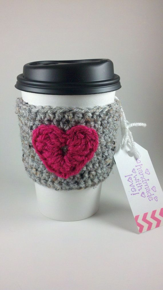 etsy, jennifer, cup cozy. Imagining it with one of those 1$ reusable cups we are selling at work right now. Perfect ^_^