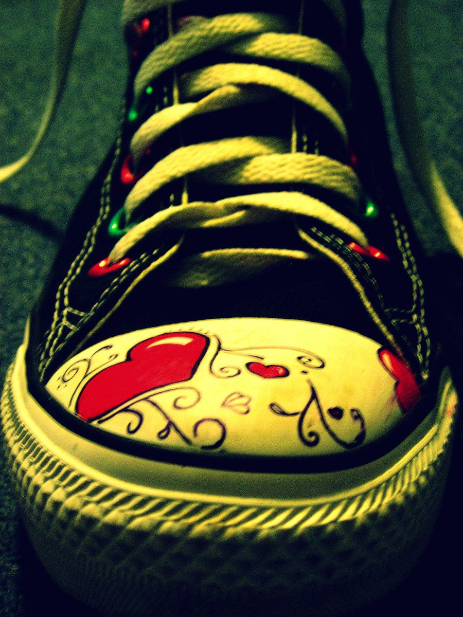 3773294079f1 draw on your converse. i did.