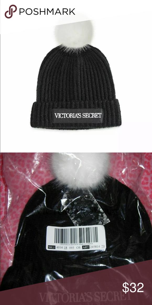 VICTORIA/'S SECRET VS LOGO POM POM HAT FUCHIA PINK BLACK COLD WEATHER BEANIE NEW