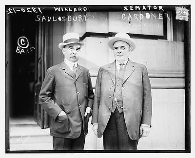 Photo of Willard Saulsberry & Sen. Gardner