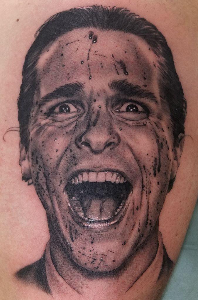 Tatuajes Retrato psycho christian bale - tatuaje retrato - xavi tattoos | tattoo