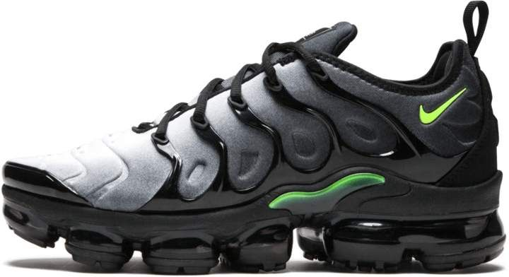 531c0f14f3 Nike Air Vapormax Plus Black/Volt in 2019 | shoes