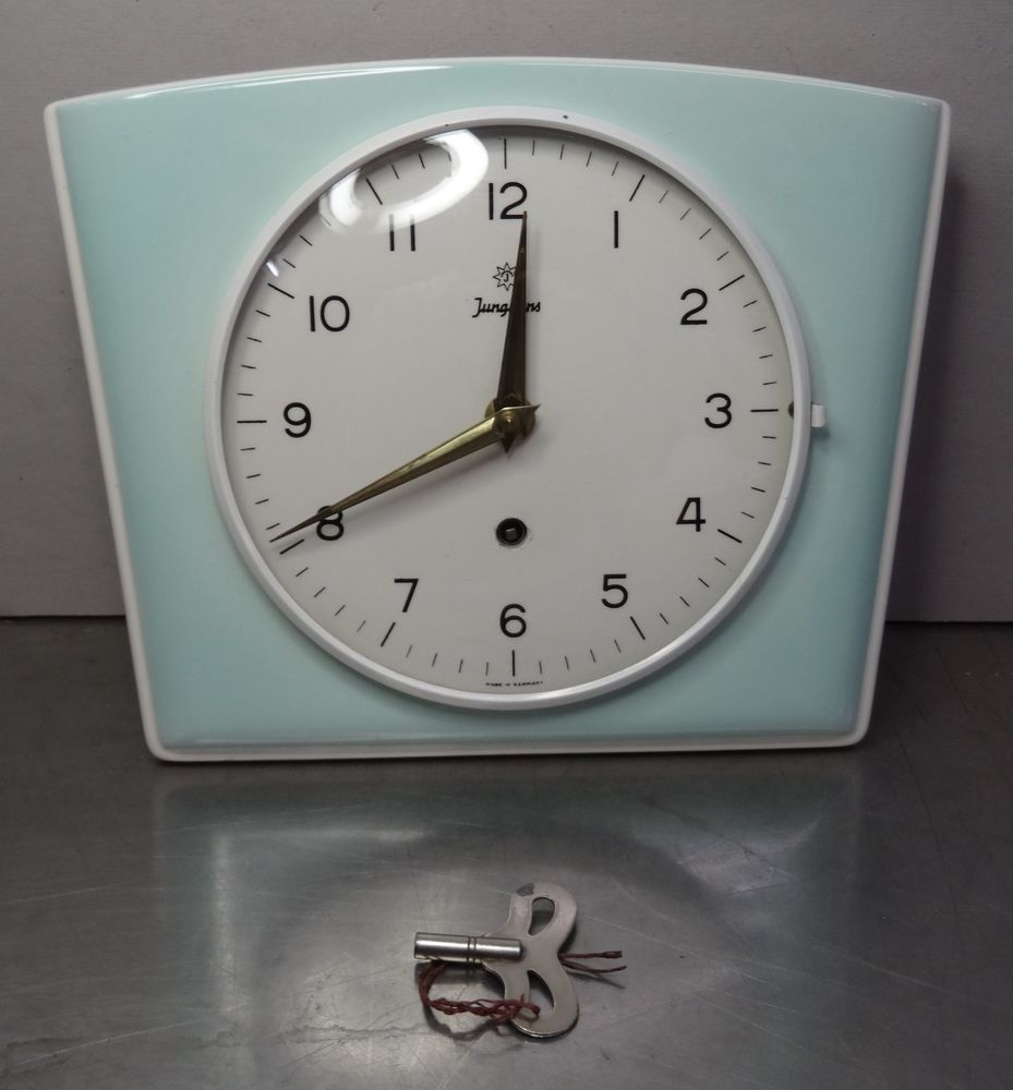 mid century design 60s - Mechanische Küchen Uhr Junghans Küchenuhr ...