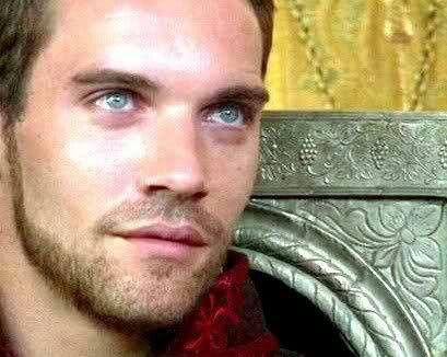 "OMG THOSE STUNNING EYES!!! Jonathan Rhys Meyers ....in ""The Tudors"""