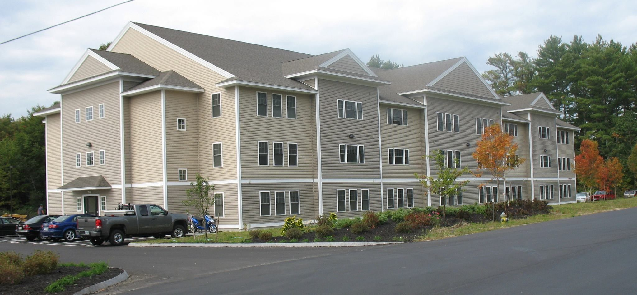 Riversedge Apartments Durham Nh Student Apartment Real Estate Rentals Apartment