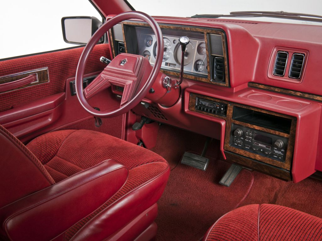 Mesmomeugenero Plymouth Voyager Plymouth Voyage