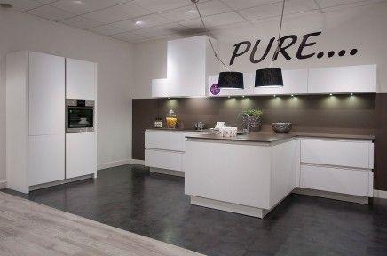 Keuken schiereiland met bar google zoeken keuken boelestraat pinterest island kitchen for Kleine amerikaanse keuken met bar