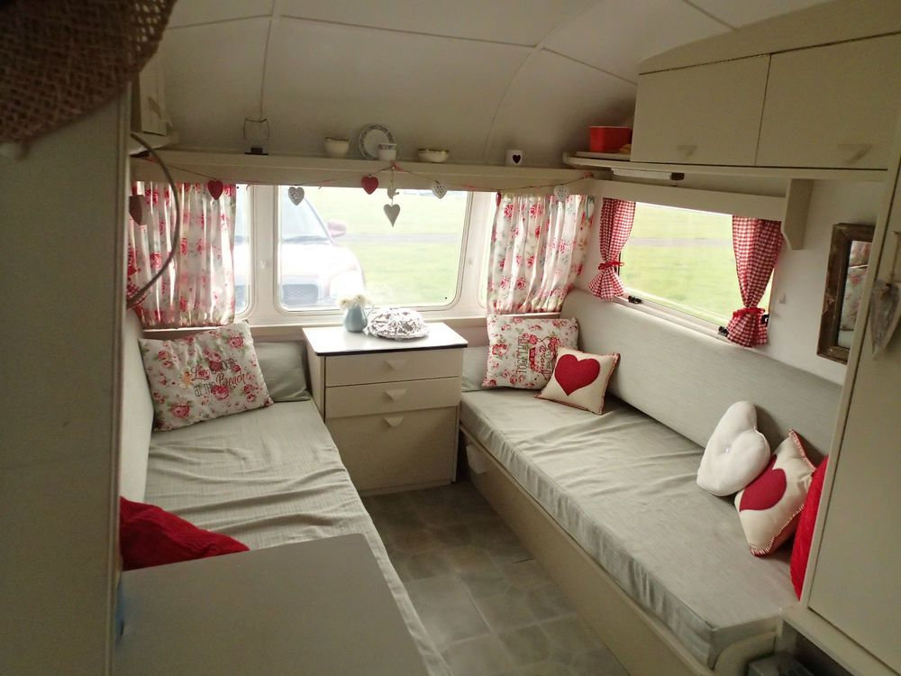 Stunning vintage 2 berth retro caravan kath kidson style for Interior caravan designs