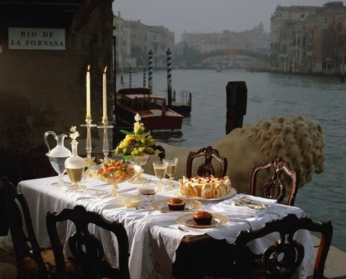 Dinner in Venezia! Simply dreamy!!! CESPINS❤Comtesse du Chocolat