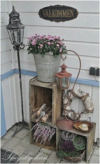 Pin By Vilmy Eriksson On Jul Porch Decorating Garden Projects Front Porch Decorating