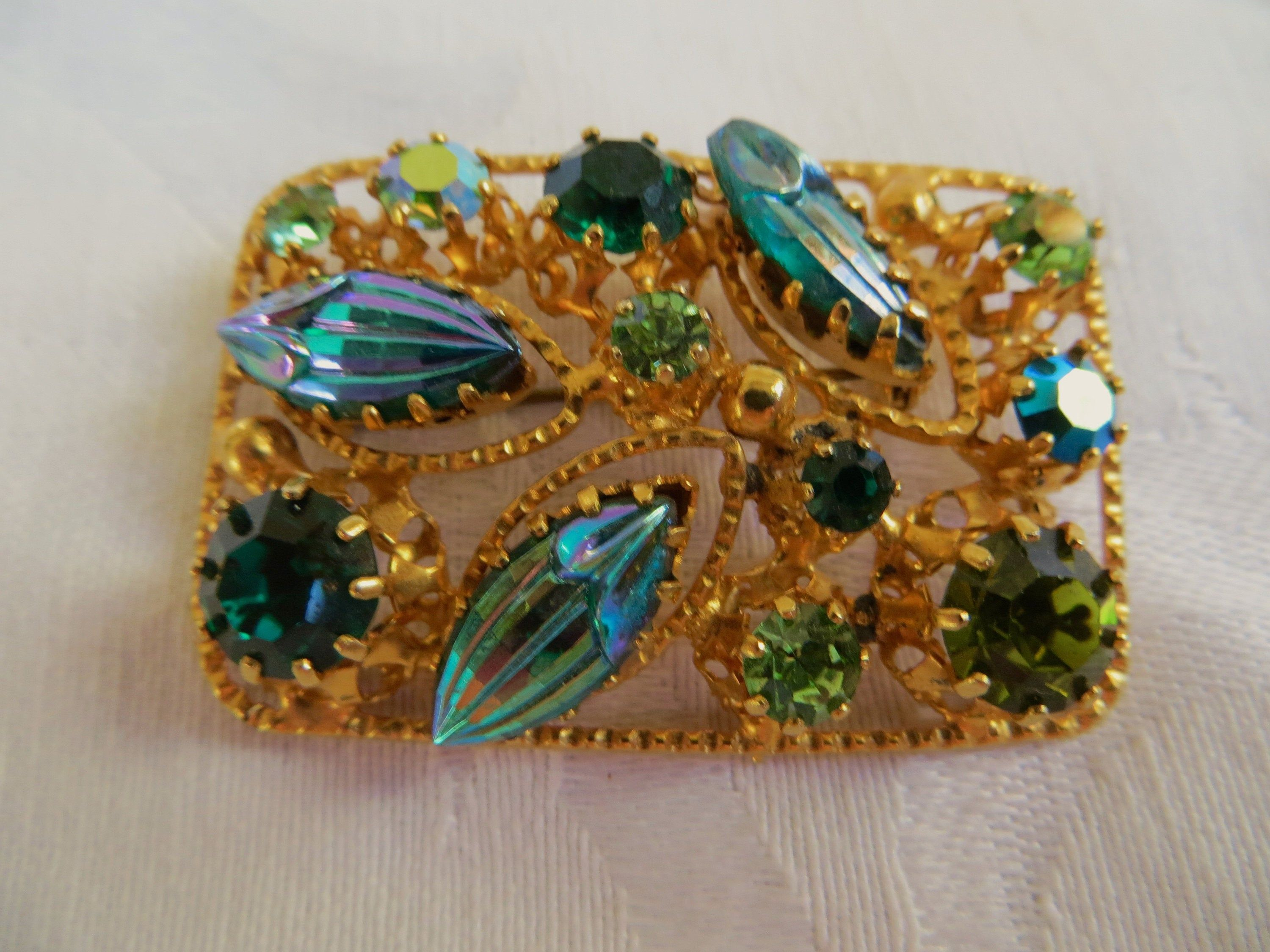 Trio of Very Small Brooches Pins Glass Stones Faux Pearls