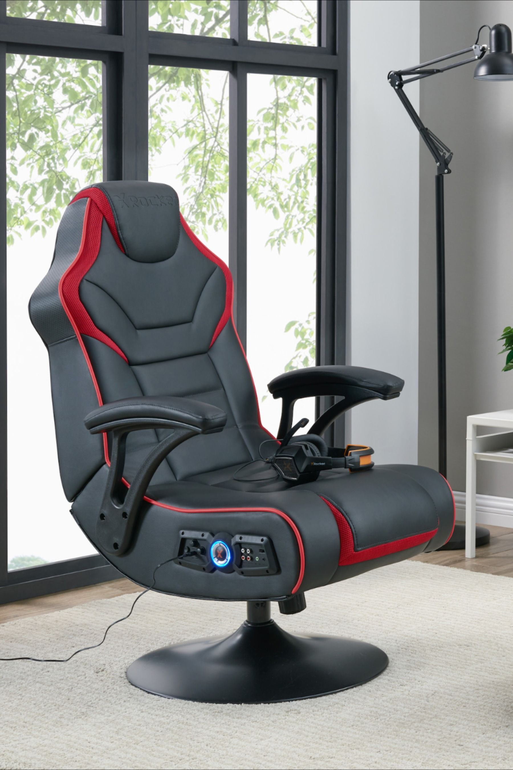 Torque 2.1 Wireless Audio Pedestal Gaming Chair in 2020