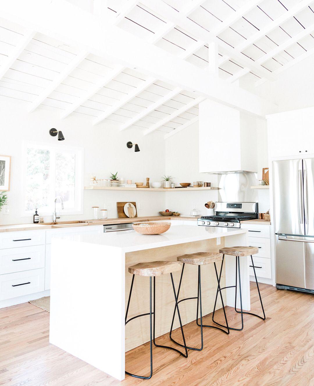 also farmhouse with soul design inspo house kitchen rh pinterest