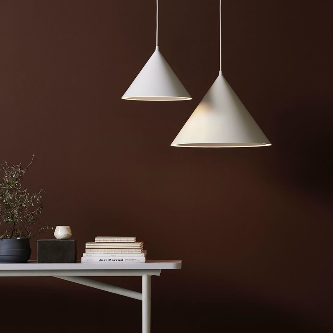 Pin By Pdg Studios On Luxe Pendant Lighting For Hotel Public Spaces White Pendant Lamp Pendant Light Classic Pendant Lighting