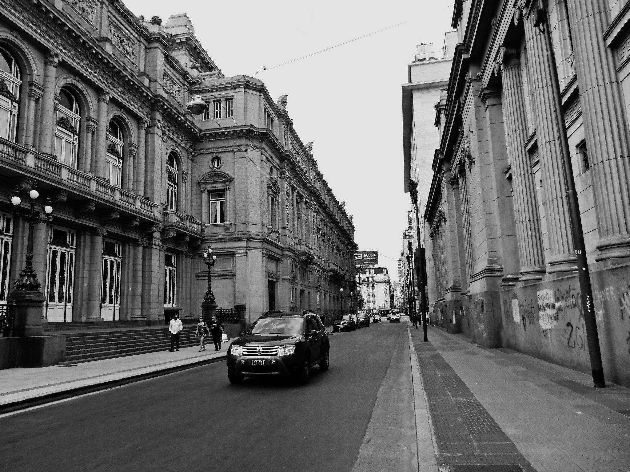 https://flic.kr/s/aHskGoWyzE | Calle Tucumán between Libertad & Cerrito, Buenos Aires | Calle Tucumán between Libertad & Cerrito, Buenos Aires