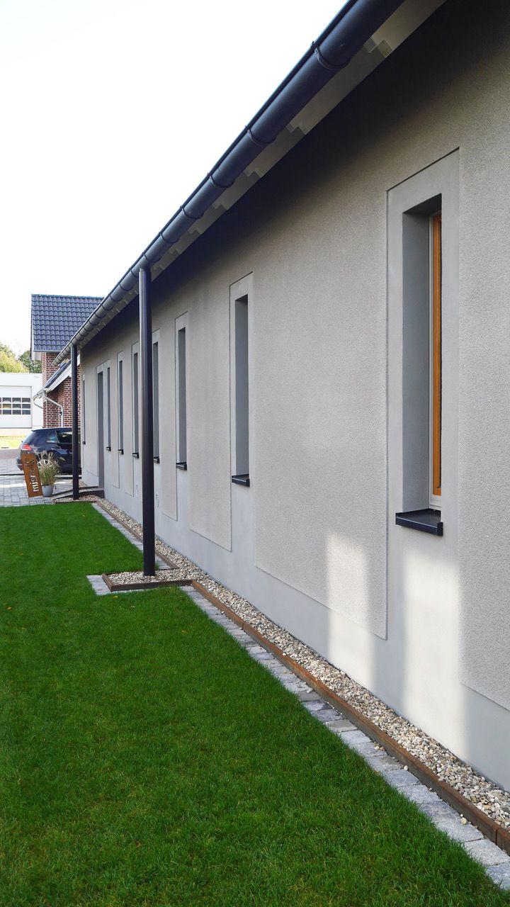 wohnhaus - fallrohre - rauputz - glattputz architekturbüro