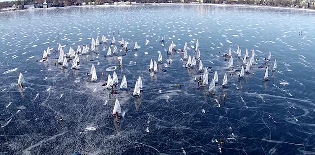 Одлични снимки од овогодишниот интернационален шампионат во едрење на мраз кој се одржа во Онтарио, Канада.