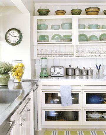 How to have open shelving in your kitchen without daily staging. Make your shelves #HomeGoodsHappy