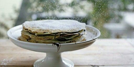 All hail the Nutella Crepe #Cake, genius from Dash and Bella via Huffington Post Taste. http://t.co/TitVPrfguH #recipe