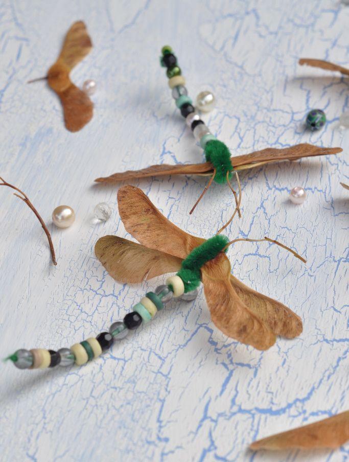 Libellen basteln - Kreativ mit Naturmaterial - little. red. temptations. #bastelnmitkastanienkinder