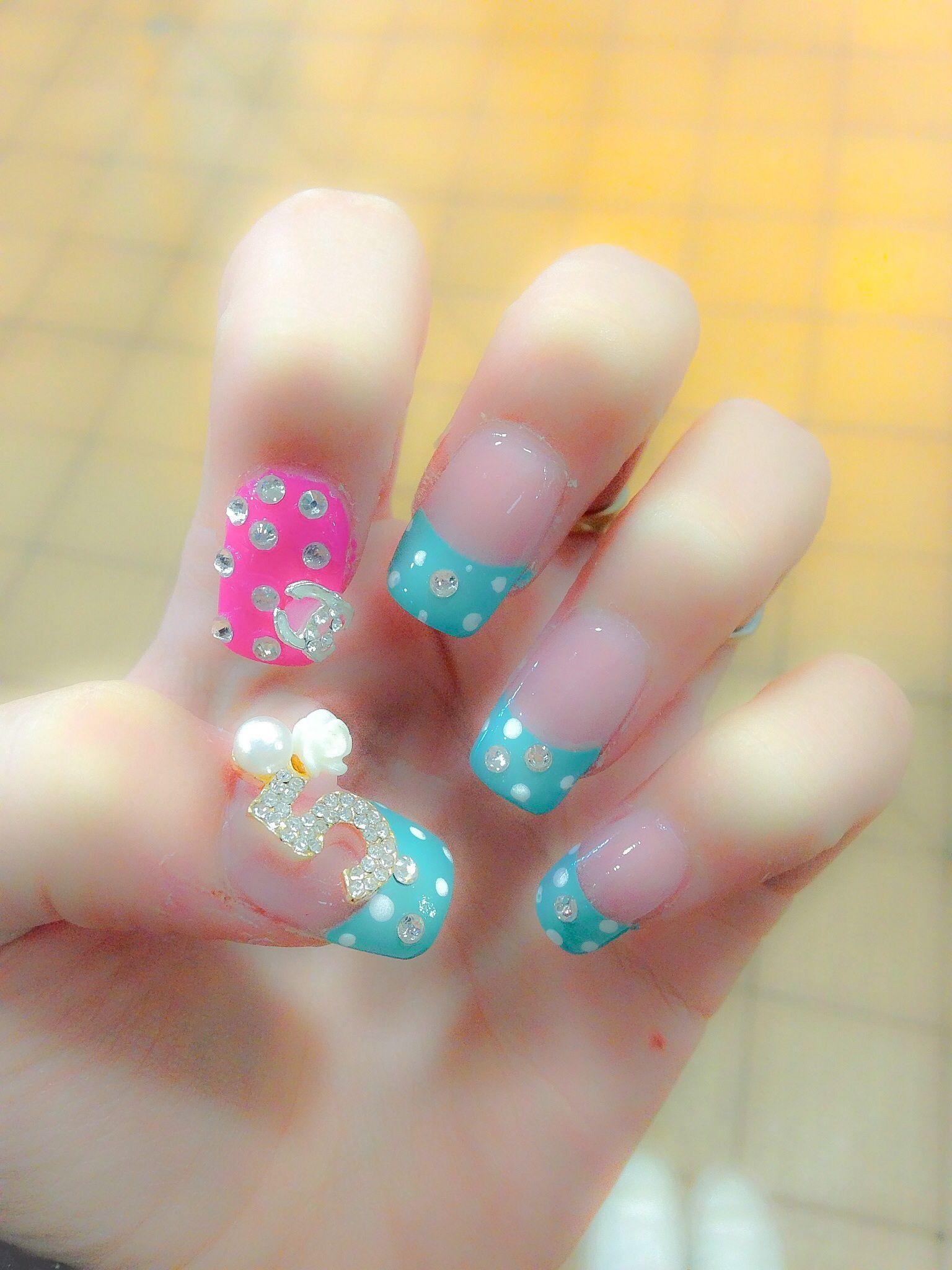 acrylic nails. chanel .5 3d nail