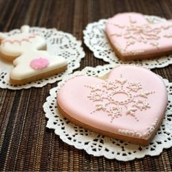 pink lace cookies!