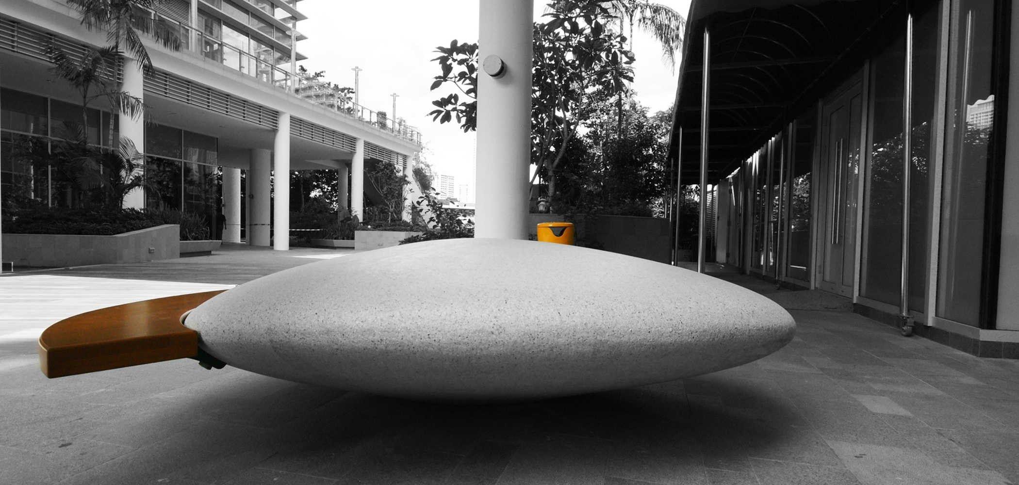 Panchine Da Esterno In Pietra.Seduta Da Esterni In Pietra Ricostruita Moonstone By Metalco