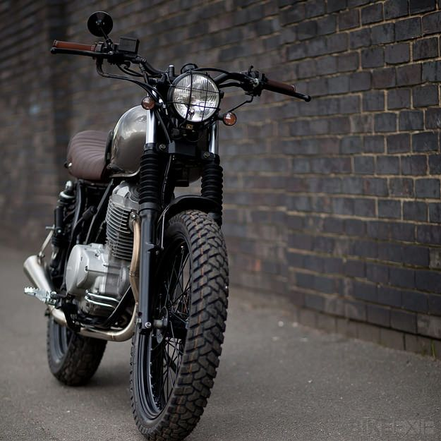 Honda CL400 - A nice, clean ride. Makes me want to get a motorcycle
