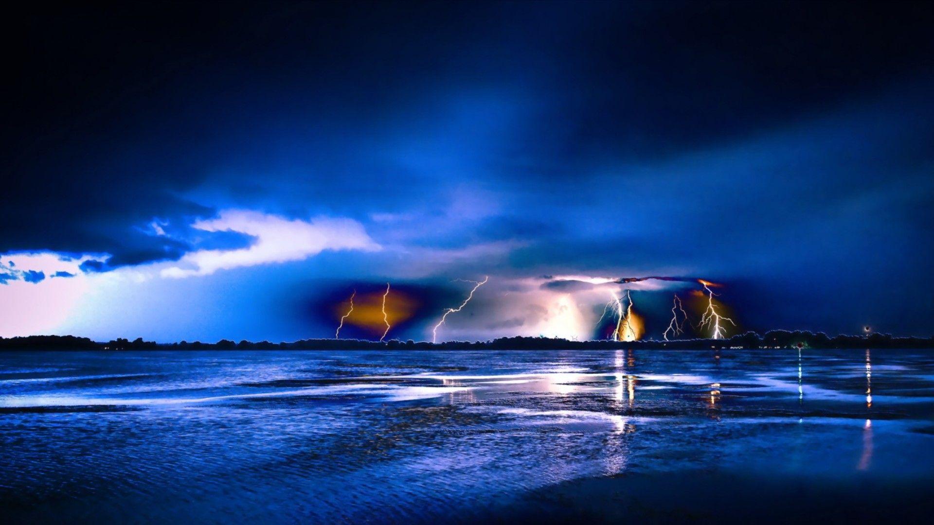 Fantastic Lightning Storm Hdr HD Desktop Background